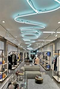 Best 25 fashion shop interior ideas on pinterest for Interior decorating online store