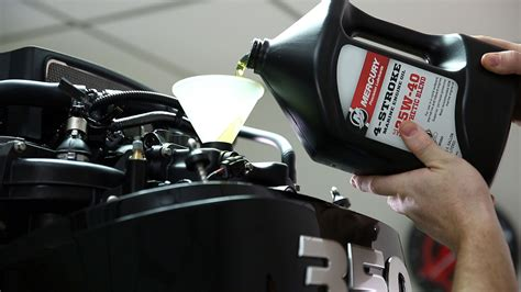 Mercury Boat Motor Oil Change by The Outboard Expert Outboard Oil Facts And Myths Boats