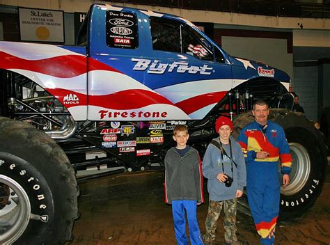 how long is the monster truck show tonyrogers com monster truck show duluth minnesota 2005