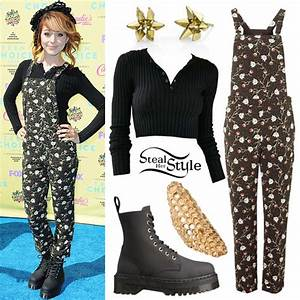 Lindsey Stirling Clothes & Outfits | Steal Her Style