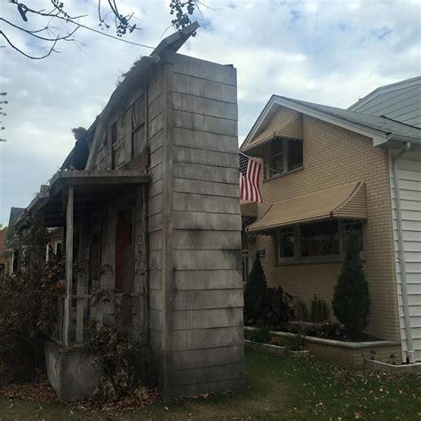 life size michael myers house  halloween