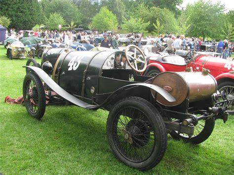 It's such a tiny car that the two seats contained. 1923 Bugatti Brescia