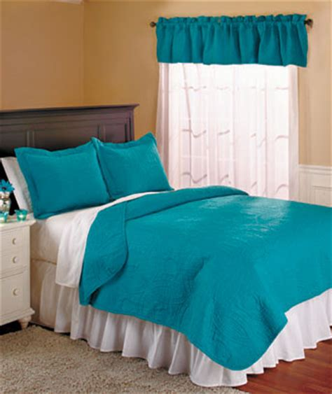 wedding ring quilt sets or valances the lakeside collection