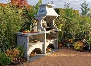 cuisine dete exterieure avec barbecue en pierre reconstituee With cuisine d ete exterieure en pierre