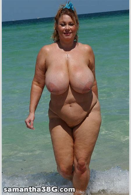 Plump wife goes skinny dipping | MATURE XXX PICS