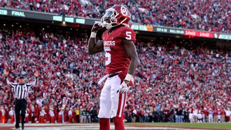 nfl draft oklahoma star wide receiver marquise hollywood brown