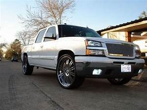 2005 Chevrolet Silverado 1  2 Ton Crew Cab Sitting On 26