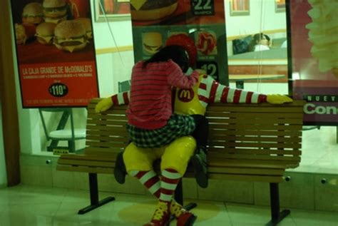 humping ronald  funny pictures collection