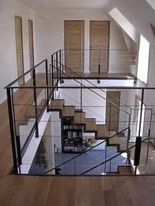 garde corps d39exterieur en metal a panneaux en verre With deco maison avec poutre 14 escalier poutre centrale mezzanine moderne escalier
