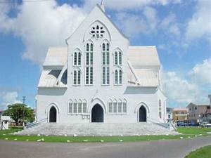 Walking Tour of Georgetown | Explore Guyana
