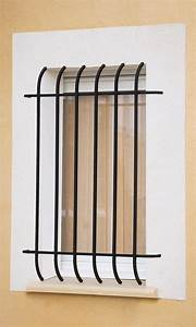 Grille De Protection Fenêtre : le ferronnier grille de fen tre en fer forg corantine ~ Dailycaller-alerts.com Idées de Décoration