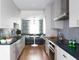 amenagement et decoration sympa pour ce bel appartement de With salle À manger blanc pour petite cuisine Équipée