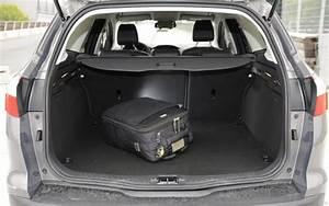 Ford C Max Coffre : essai ford focus sw 1 6 tdci 115 l 39 automobile magazine ~ Melissatoandfro.com Idées de Décoration