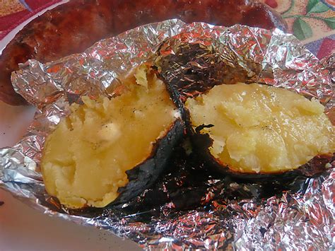 Pomme De Terre Dans La Braise by Recette Barbecue Pommes De Terre A La Braise Recettes
