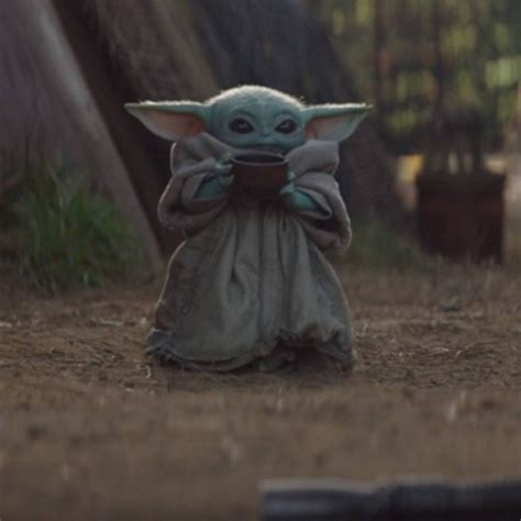 Baby Yoda and The Mandalorian Have a Season 2 Premiere ...