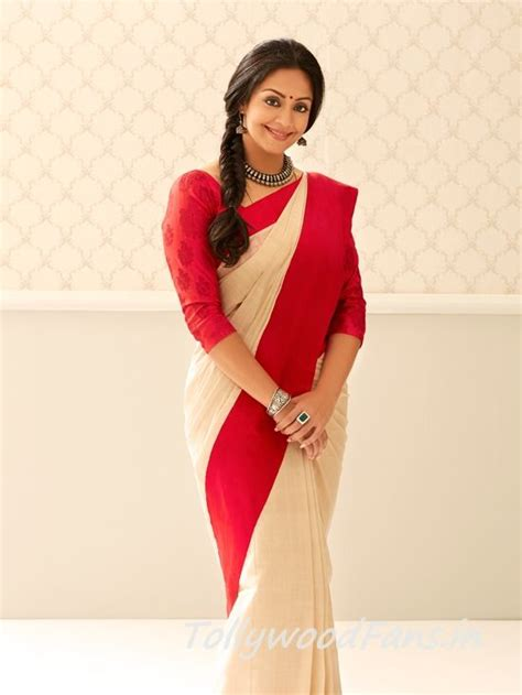 actress jyothika delivery jyothika in a white and red saree what a perfection this