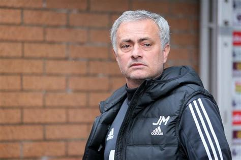 Jose Mourinho signs new Manchester United deal – here is ...