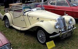 Mg A Vendre : classic british sports cars what are they like to own cars ~ Maxctalentgroup.com Avis de Voitures