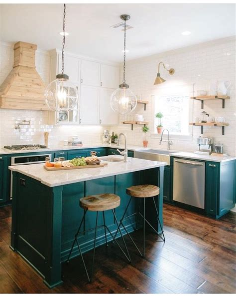 teal colored kitchens 1000 ideas about teal cabinets on teal 2681