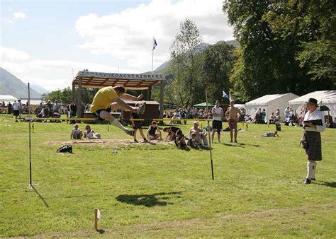 Scottish Highland Games - Glenfinnan - 20 August 2005 ...