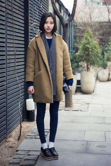 Winter Fashion Inspo 25 Stylish Cold Weather Outfit Ideas   Winter street styles Korea and ...