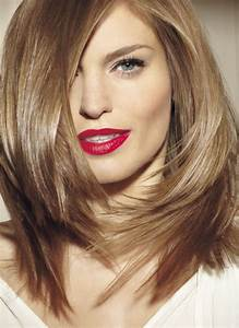 Cheveux Couleur Noisette : belle coloration cheveux un brun glossy pour femme ~ Melissatoandfro.com Idées de Décoration