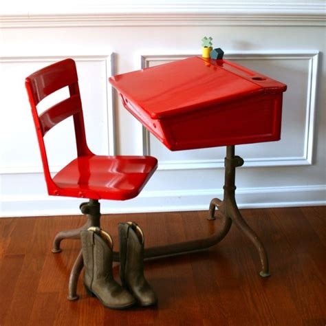 vintage school desk craigslist 1000 ideas about painted school desks on