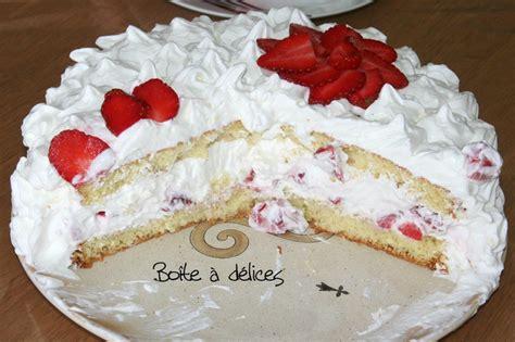 dessert avec creme chantilly g 226 teau 224 la g 233 noise chantilly de mascarpone et fraises bo 238 te 224 d 233 lices