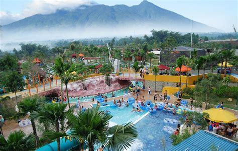 paket wisata  jungle water park bogor pengentravelingcom