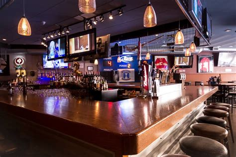 Bar Calgary by Pubs Downtown Calgary Calgary Bars Best Wings The