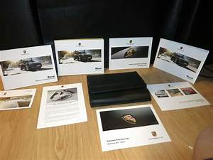 2017 Porsche Macan Owner U0026 39 S Manual Set