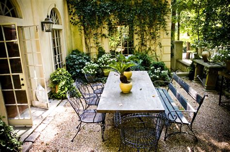 Vintage Style Courtyard In Spring & Summer