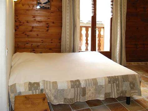 chambre d hote accueil paysan chambres et table d 39 hotes les oules à chateau ville