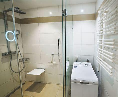Kleines Badezimmer Mit Waschmaschine by Badezimmer Mit Dusche Und Waschmaschine Wohn Design