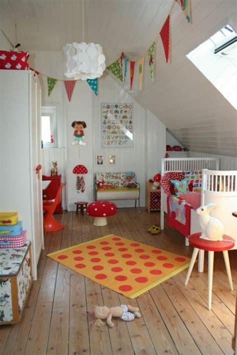 Kinderzimmer Dachschräge