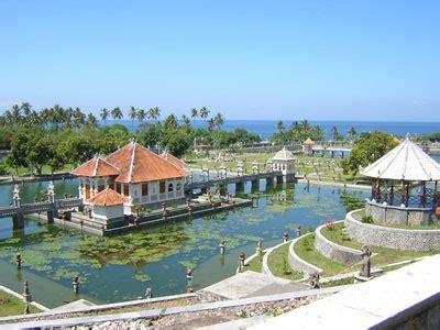 daerah wisata  karangasem bali mutiara kost jimbaran bali