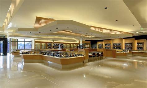 Bhindi Jewelers Atlanta Hosts a Grand Reopening