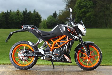 Review Ktm Duke 390 by Ride Ktm Duke 390 Review Visordown