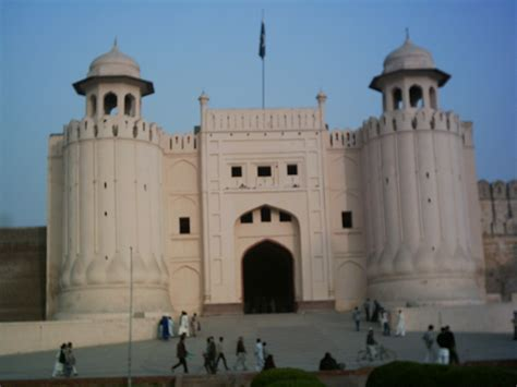 lahore fort  lahore fort picture