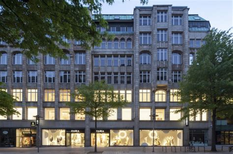 Zara Hamburg Shop by What Shop Design Can Look Like Zara In Hamburg Ixtenso