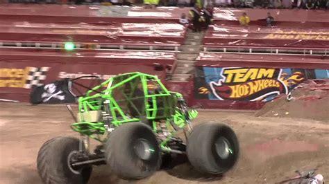 monster trucks youtube grave digger monster jam world finals 2012 grave digger monster