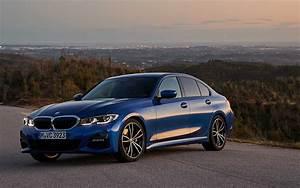 Comparison - Lexus IS 300 2019 - vs - BMW 3 Series 330i