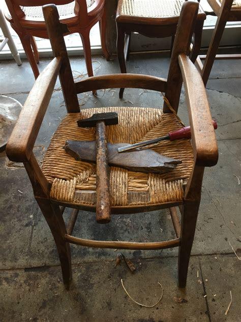 rempaillage d une chaise rempaillage de chaise nimes paillage de chaise nimes gard 30