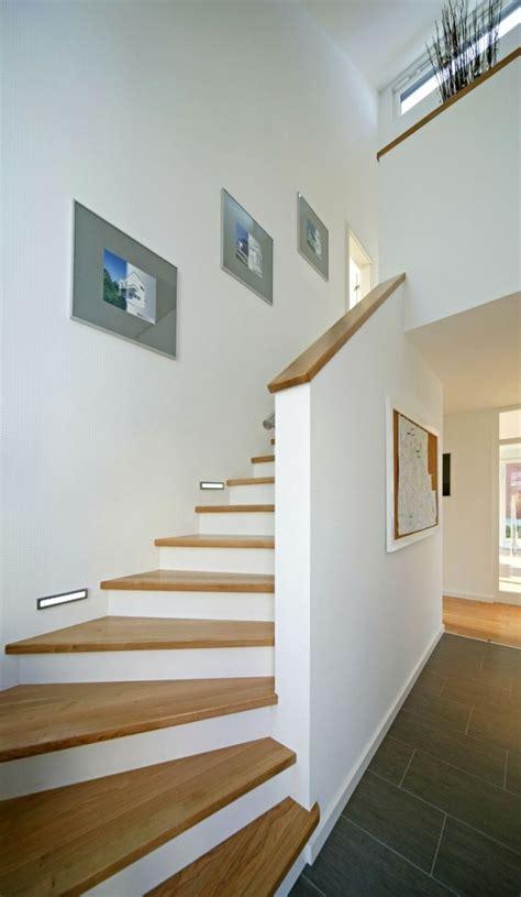 Wandgestaltung Treppenhaus Flur by Farbgestaltung Flur Treppenhaus