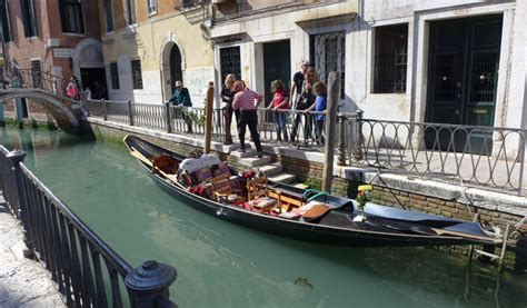 Difference Between Gondola And Boat by Aussie In France From The Tropics To The City Of Light