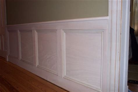 Installing Mdf Wainscoting by Simple Mdf With Wainscoting