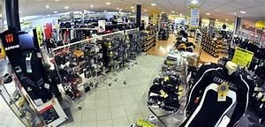 Magasin Moto Toulon : bienvenue dans votre centre maxxess de toulon 83 ~ Medecine-chirurgie-esthetiques.com Avis de Voitures