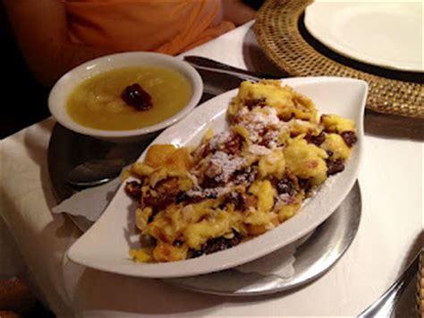 cuisine autrichienne recette cuisine autrichienne des kaiserschmarrn crêpes à
