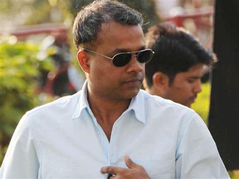 gautham menon angry surya filmibeat