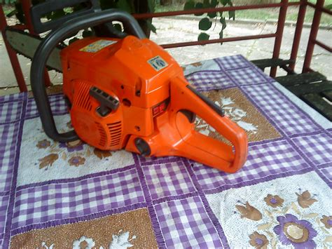 Motorna testera Husqvarna 142 (49824343) - Limundo.com